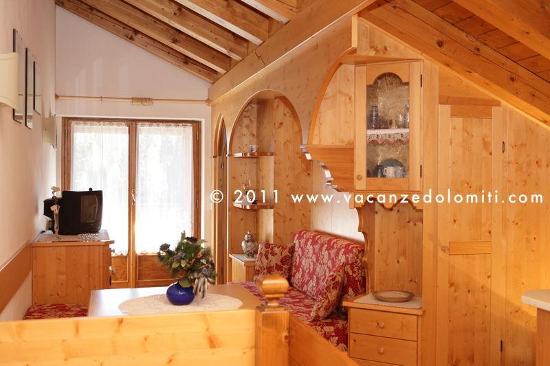 Appartamenti e case vacanza in affitto nel cuore delle for Appartamenti cortina affitto